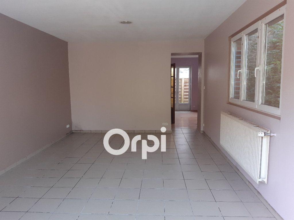 Maison à vendre 18 276m2 à Mortagne-du-Nord vignette-6