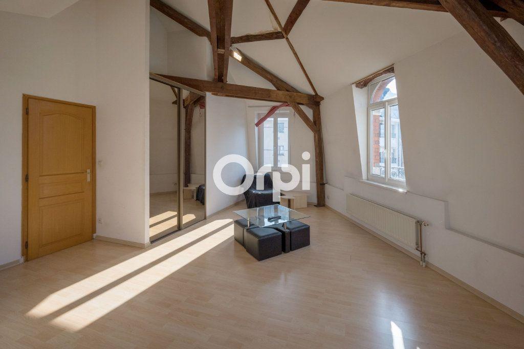 Appartement à vendre 4 121m2 à Cambrai vignette-4