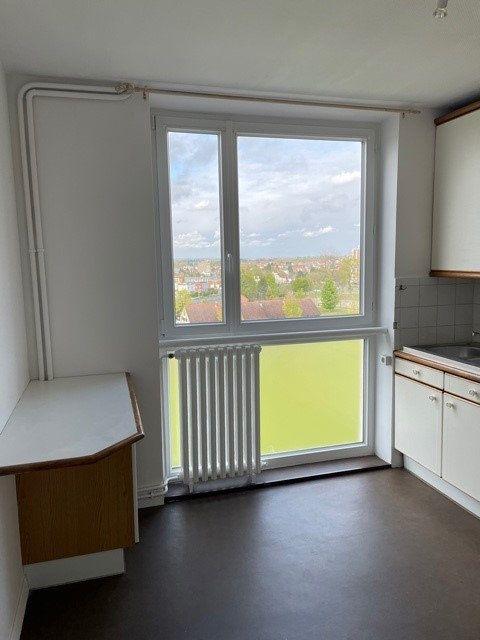 Appartement à louer 3 68m2 à Maubeuge vignette-4