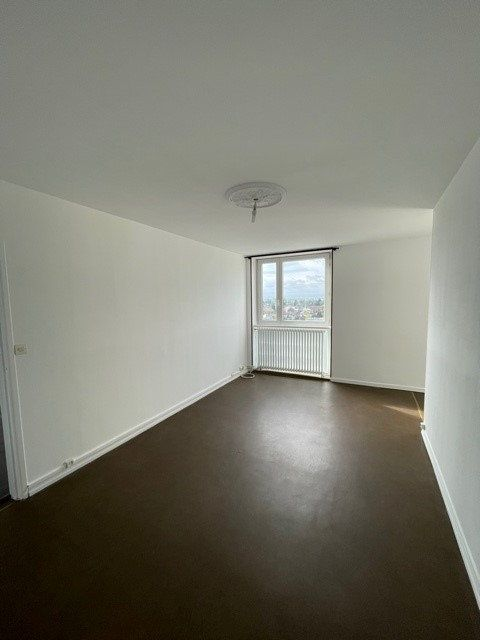 Appartement à louer 3 68m2 à Maubeuge vignette-5