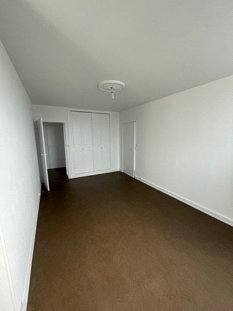 Appartement à louer 3 68m2 à Maubeuge vignette-9