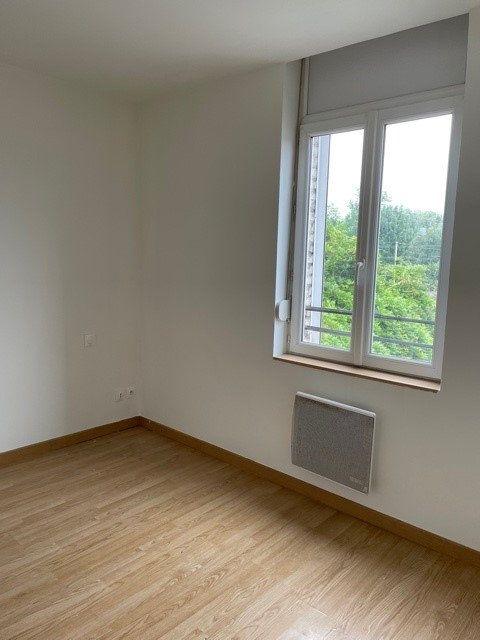 Appartement à louer 3 43.17m2 à Raismes vignette-3