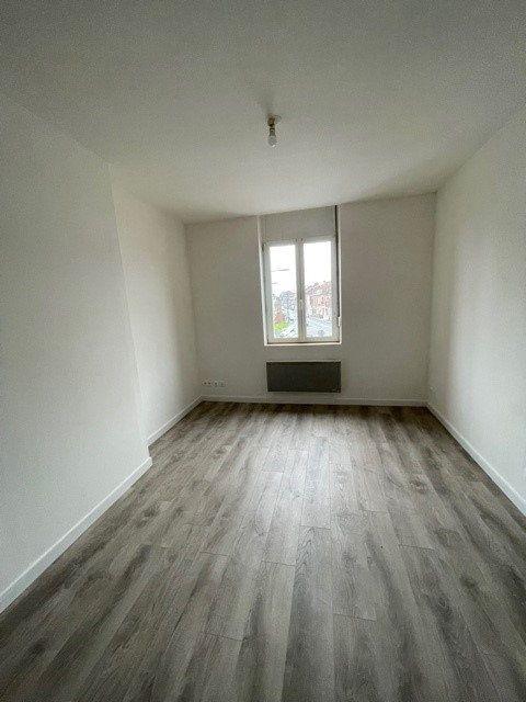 Appartement à louer 3 43.17m2 à Raismes vignette-4