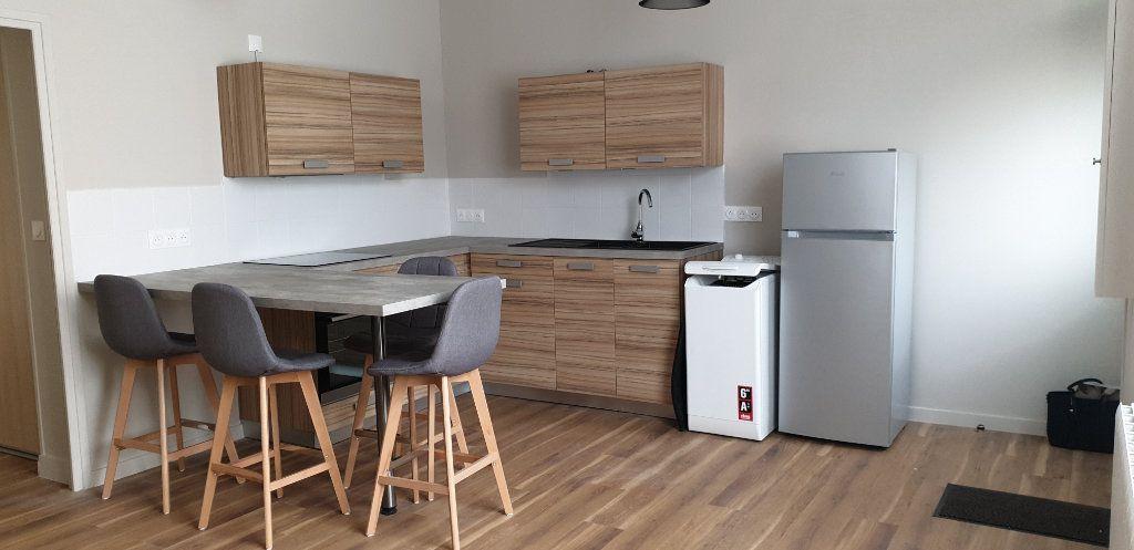 Appartement à louer 2 33.13m2 à Marly vignette-3