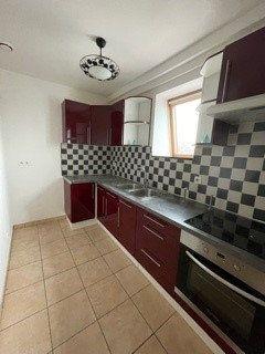 Appartement à louer 3 47m2 à Raismes vignette-2
