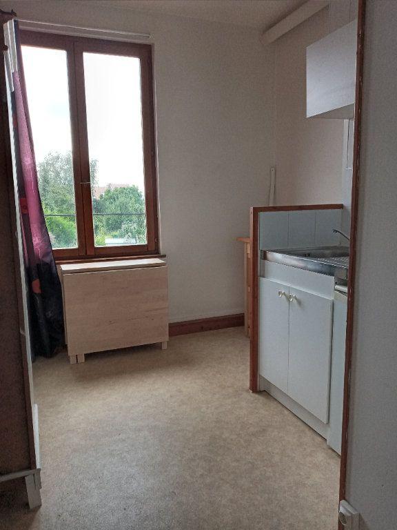 Appartement à louer 1 16.7m2 à Valenciennes vignette-1