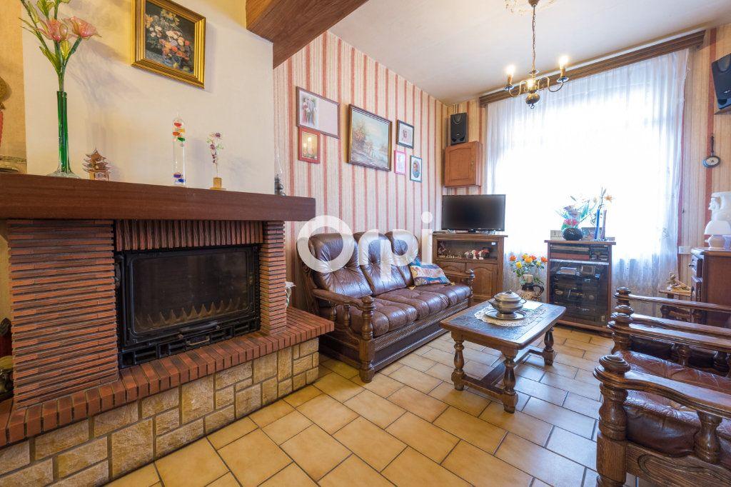 Maison à vendre 4 82m2 à Beuvrages vignette-2