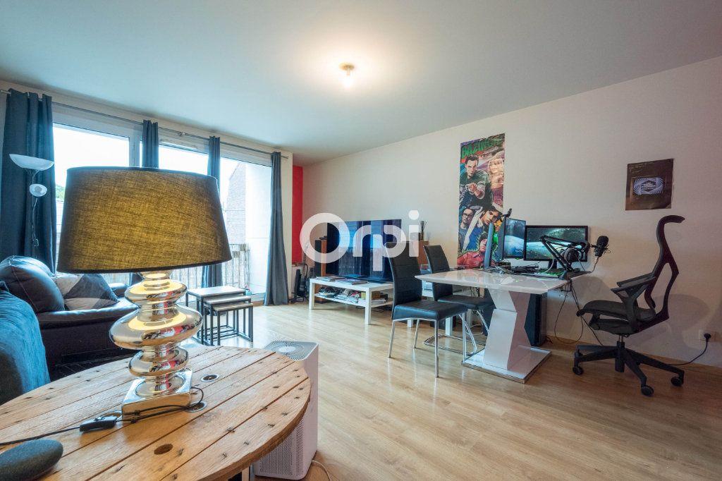 Appartement à vendre 3 63.81m2 à Valenciennes vignette-2