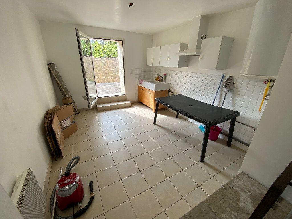 Maison à louer 2 69m2 à Saint-Gély-du-Fesc vignette-2