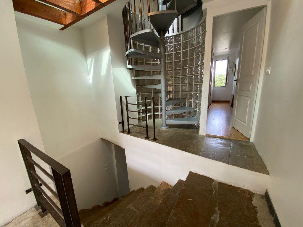 Maison à louer 2 69m2 à Saint-Gély-du-Fesc vignette-6
