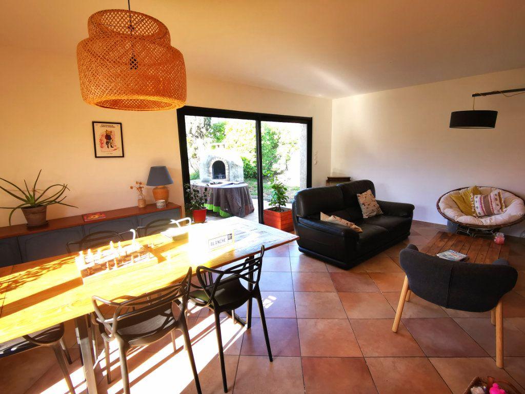 Maison à vendre 5 115m2 à Saint-Gély-du-Fesc vignette-2