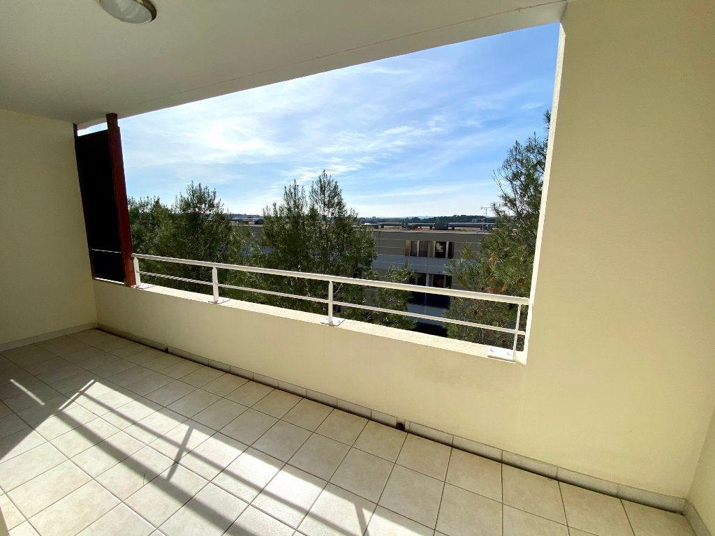 Appartement à louer 2 32m2 à Montpellier vignette-3