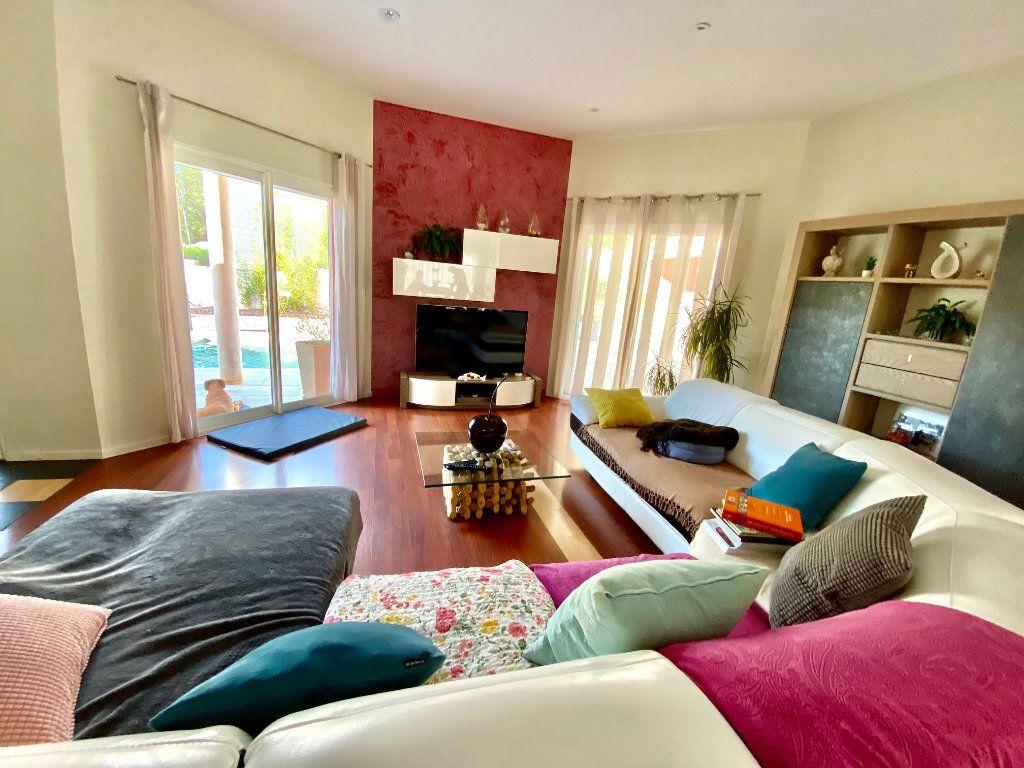 Maison à vendre 4 166.35m2 à Saint-Bauzille-de-Montmel vignette-5
