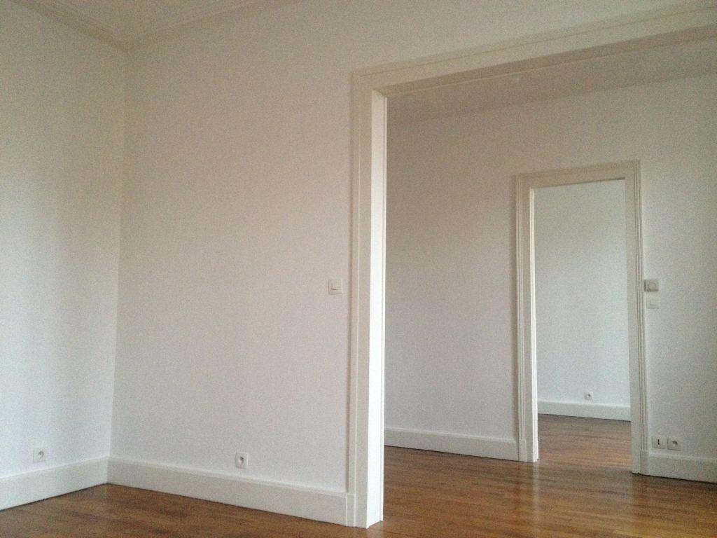 Appartement à louer 3 64m2 à Laneuveville-devant-Nancy vignette-1