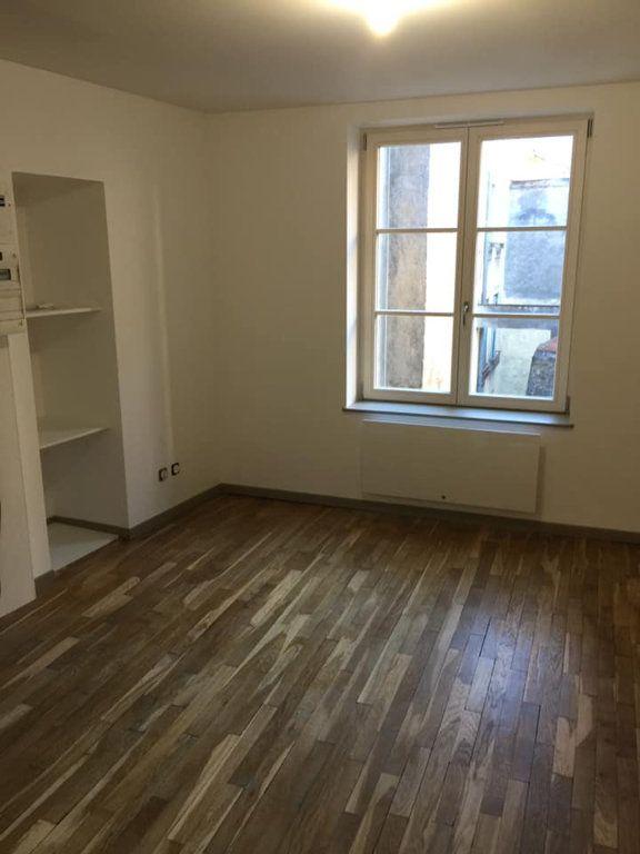 Appartement à louer 1 24m2 à Nancy vignette-1