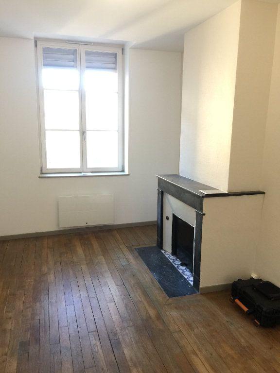 Appartement à louer 1 21m2 à Nancy vignette-2