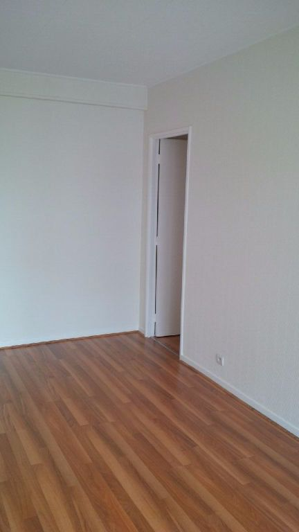 Appartement à louer 3 73m2 à Nancy vignette-3