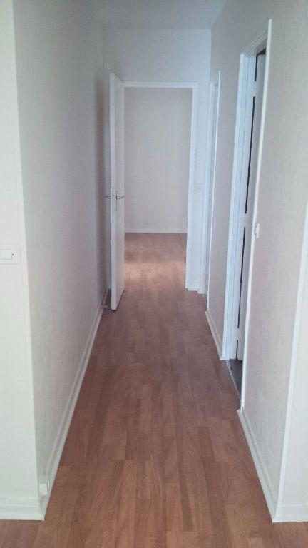 Appartement à louer 3 73m2 à Nancy vignette-7