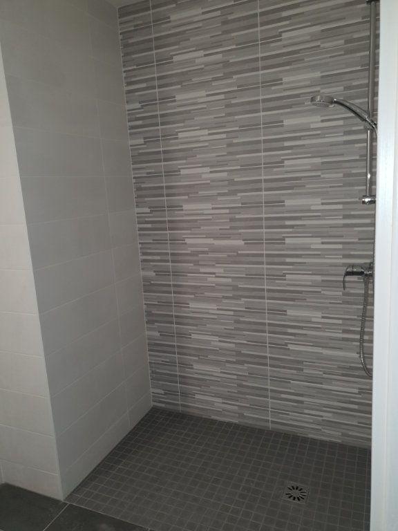 Appartement à louer 3 64.85m2 à Villers-lès-Nancy vignette-7