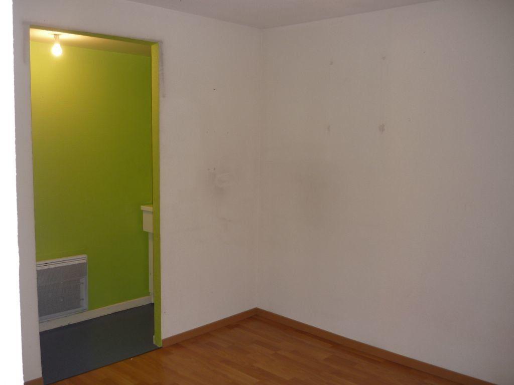 Appartement à louer 2 44.18m2 à Nancy vignette-3