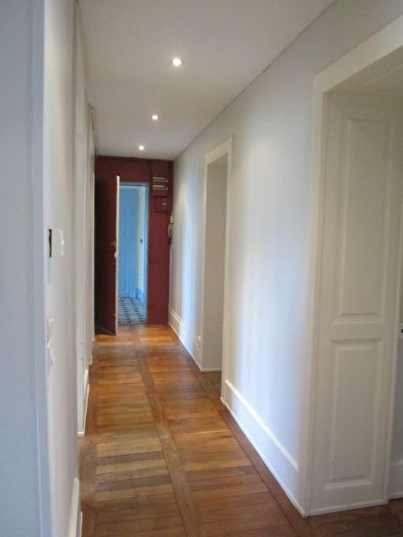 Appartement à louer 3 84m2 à Nancy vignette-5