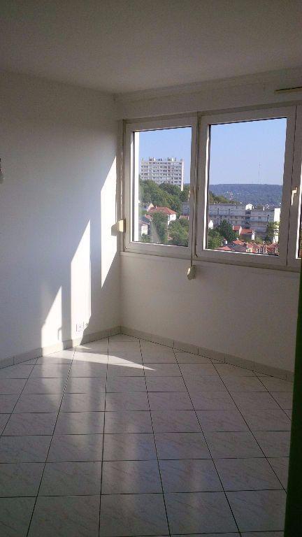 Appartement à louer 3 58.07m2 à Nancy vignette-4
