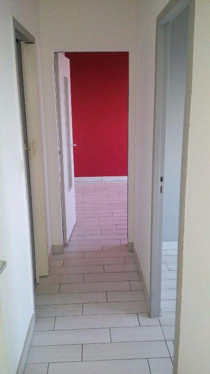 Appartement à louer 3 58.07m2 à Nancy vignette-6