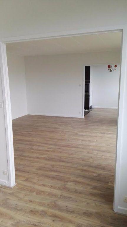 Appartement à louer 4 94.86m2 à Nancy vignette-3