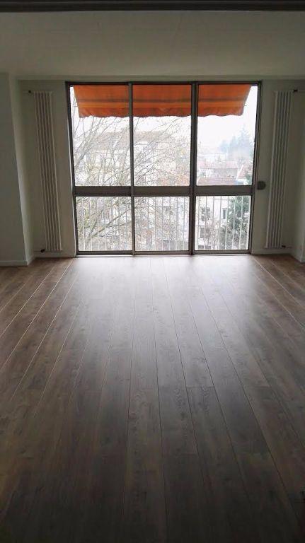 Appartement à louer 4 94.86m2 à Nancy vignette-4