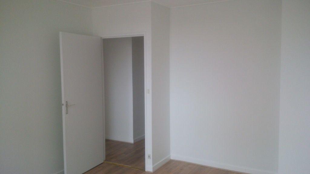 Appartement à louer 4 94.86m2 à Nancy vignette-9