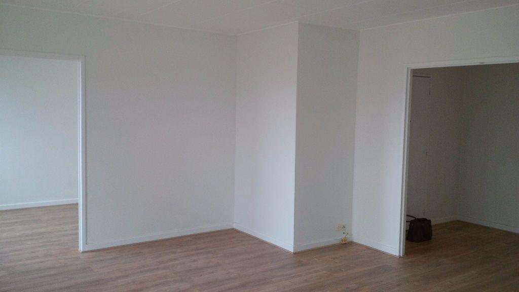 Appartement à louer 4 94.86m2 à Nancy vignette-10