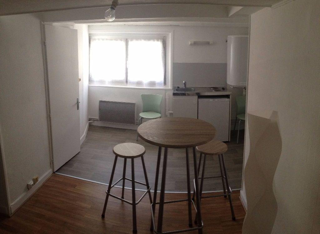 Appartement à louer 1 15.58m2 à Nancy vignette-5