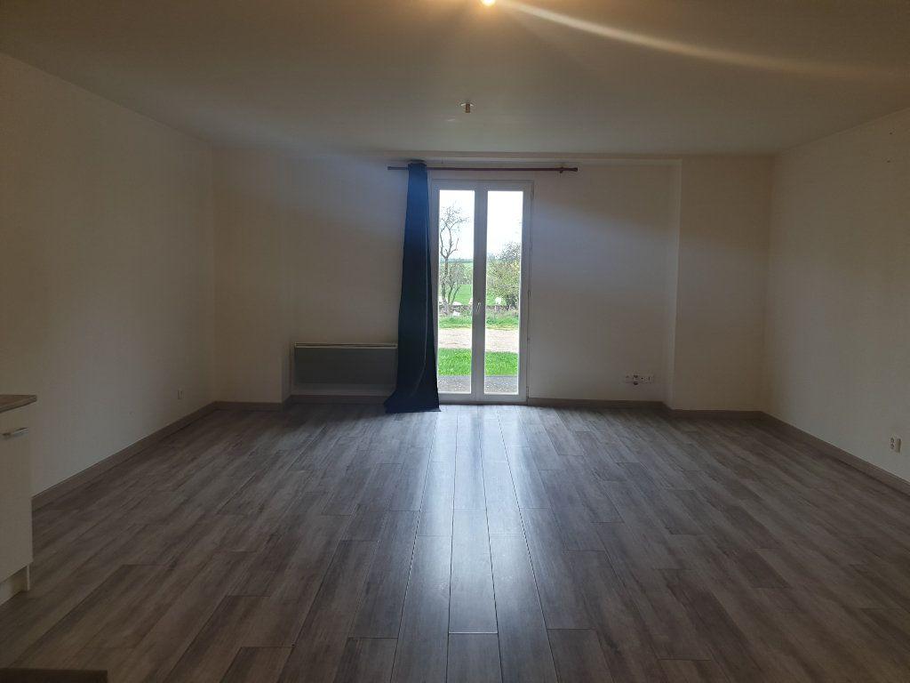 Appartement à louer 2 57m2 à Clérey-sur-Brenon vignette-4