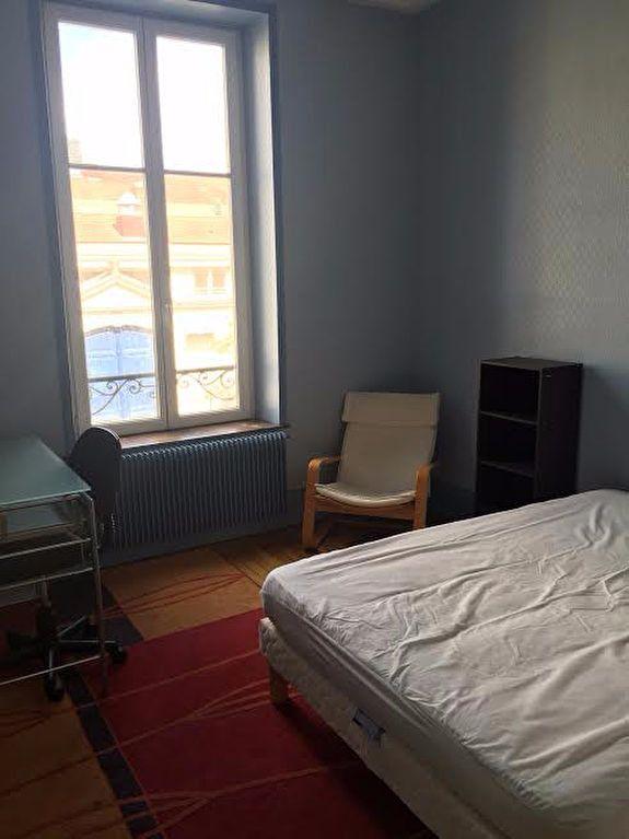 Appartement à louer 3 60.4m2 à Nancy vignette-3