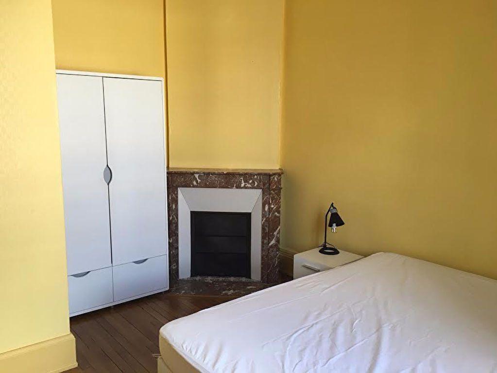 Appartement à louer 3 60.4m2 à Nancy vignette-4