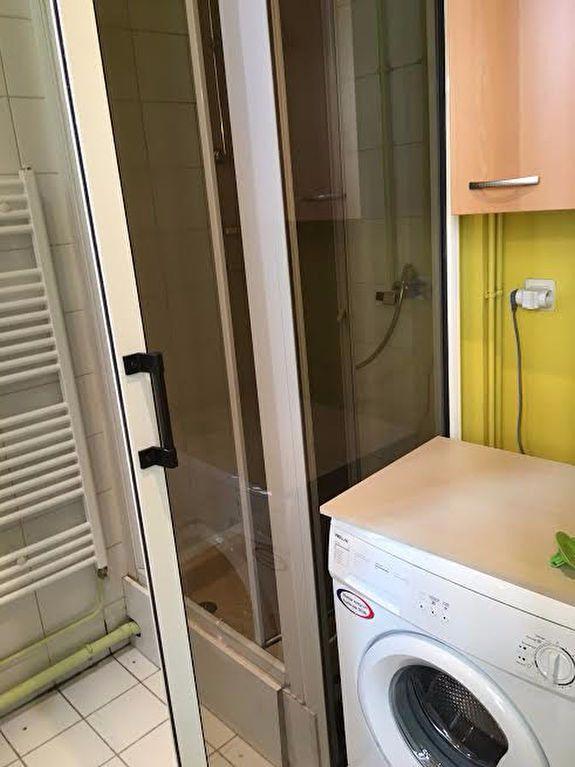 Appartement à louer 3 60.4m2 à Nancy vignette-5