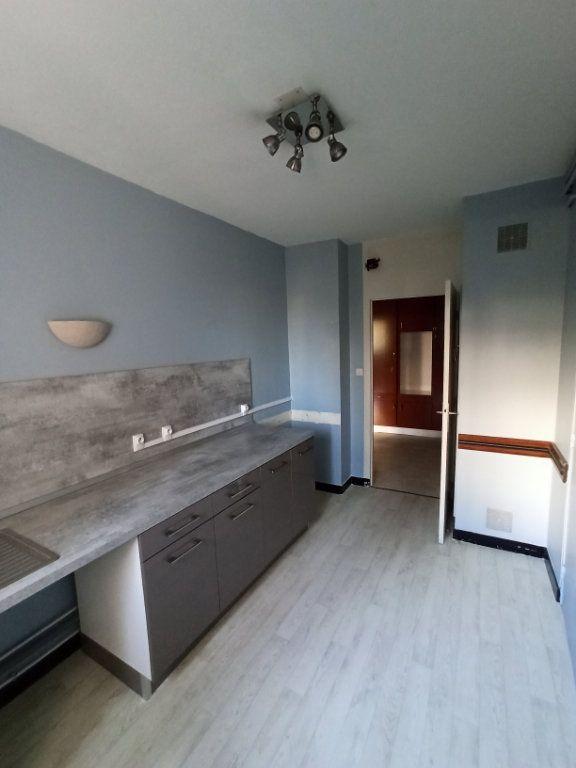 Appartement à louer 3 74.68m2 à Laxou vignette-1