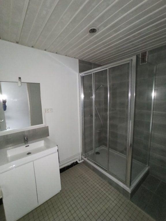 Appartement à louer 3 74.68m2 à Laxou vignette-3