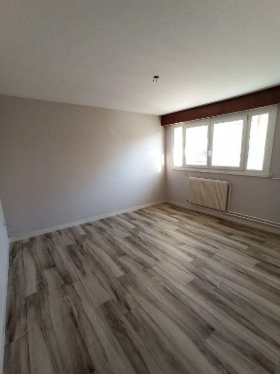 Appartement à louer 3 74.68m2 à Laxou vignette-4