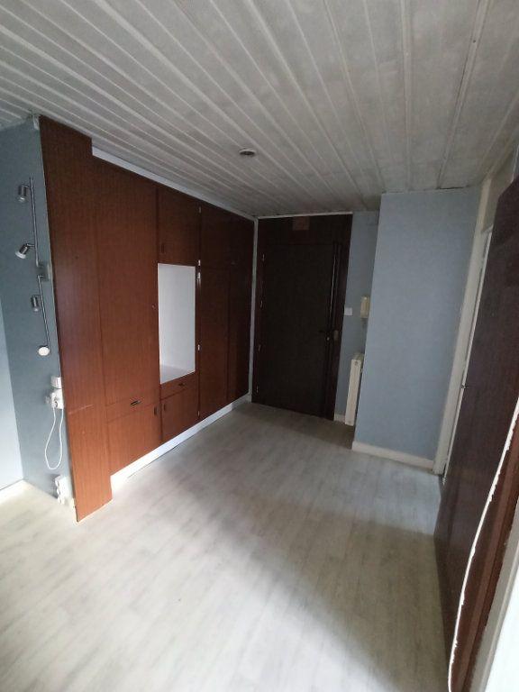 Appartement à louer 3 74.68m2 à Laxou vignette-6