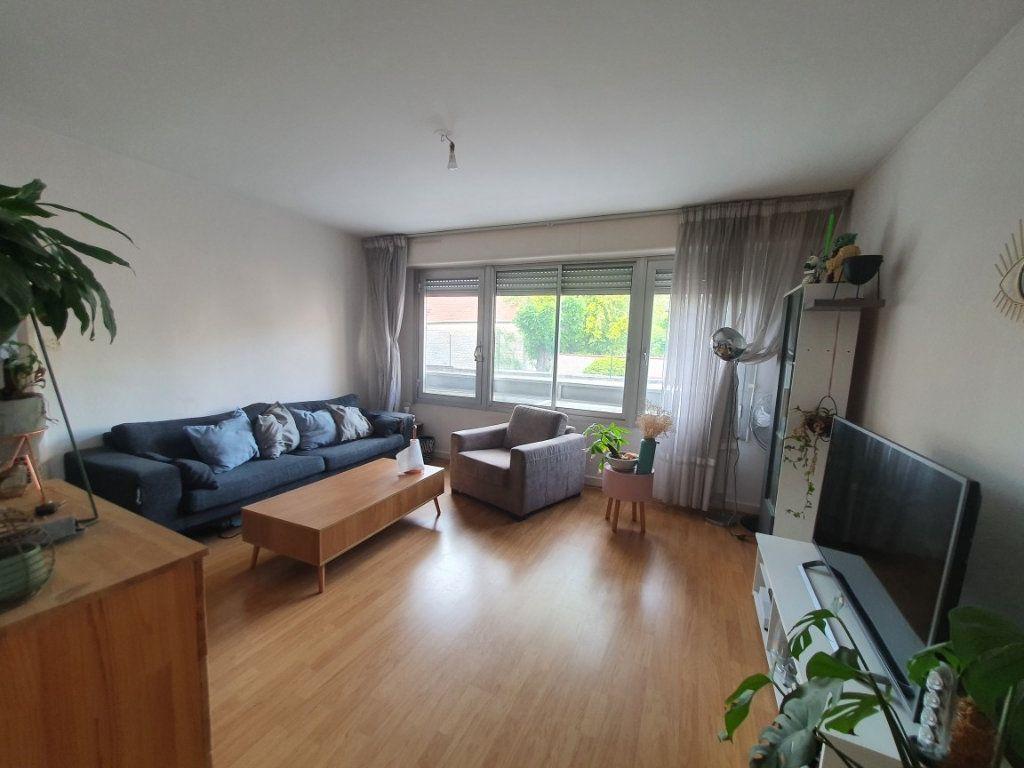Appartement à louer 2 54m2 à Nancy vignette-2