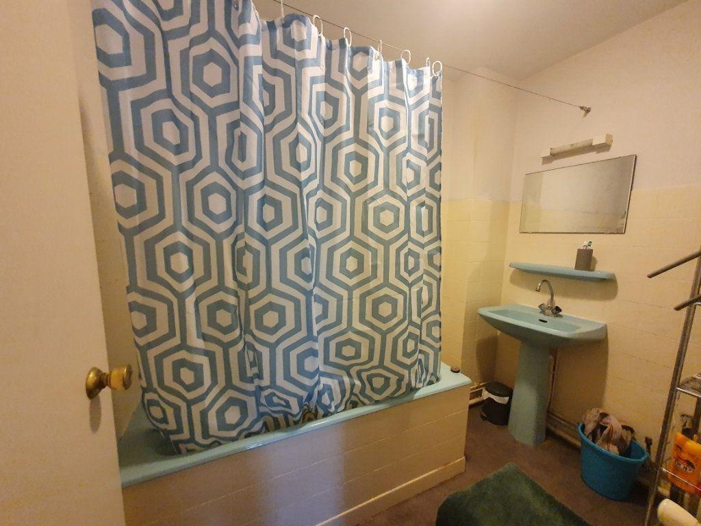 Appartement à louer 2 54m2 à Nancy vignette-5