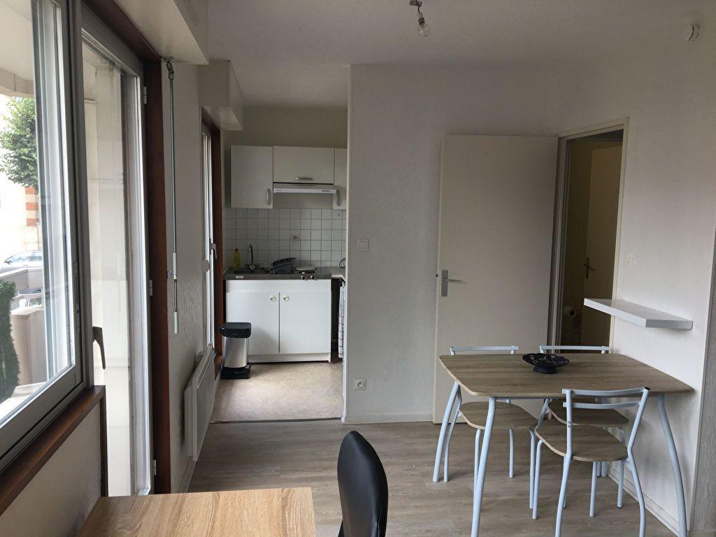Appartement à louer 1 25m2 à Nancy vignette-6