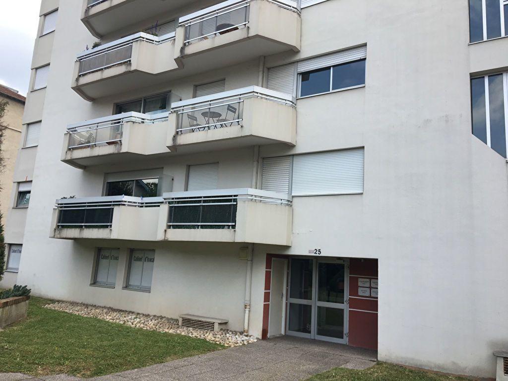 Appartement à louer 1 25m2 à Nancy vignette-8
