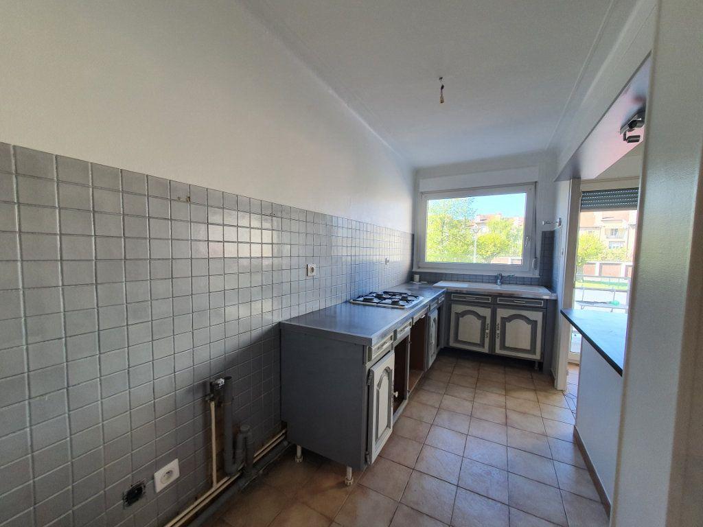 Appartement à louer 4 68m2 à Vandoeuvre-lès-Nancy vignette-3