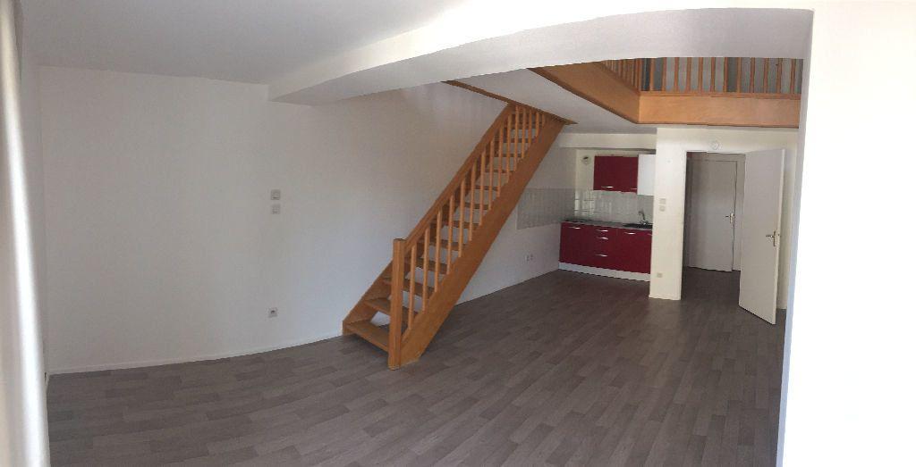 Appartement à louer 2 56.06m2 à Nancy vignette-1