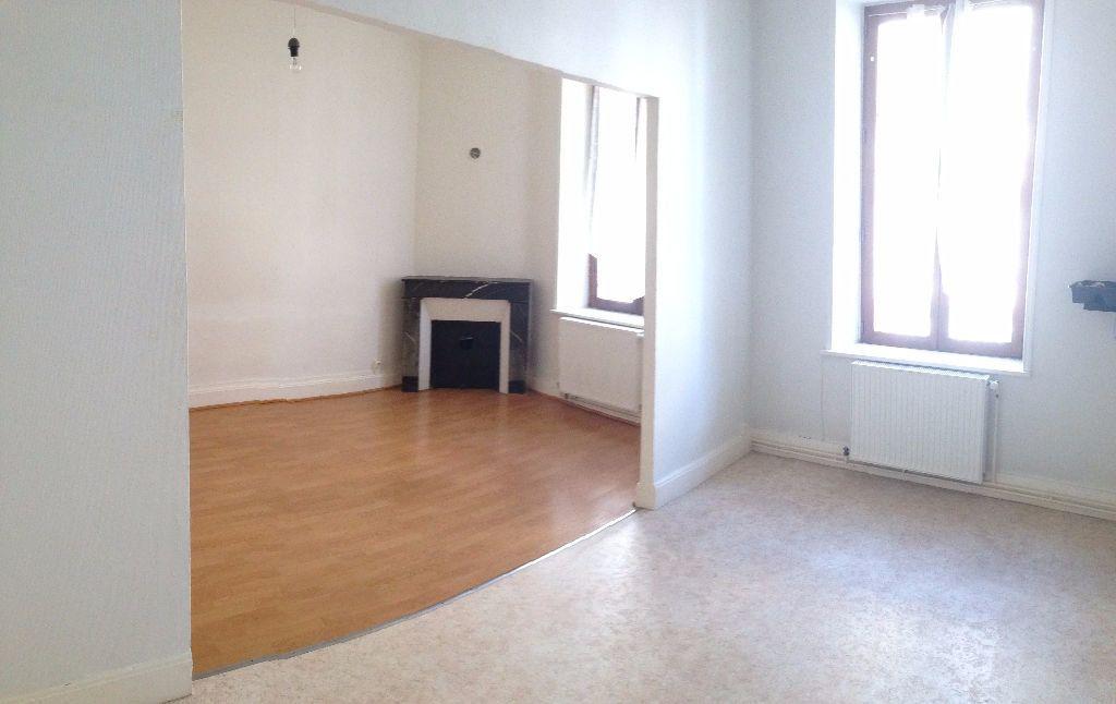Appartement à louer 2 47m2 à Nancy vignette-1