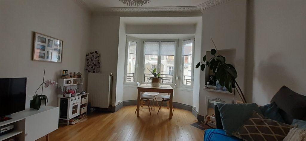 Appartement à louer 3 65.65m2 à Nancy vignette-1