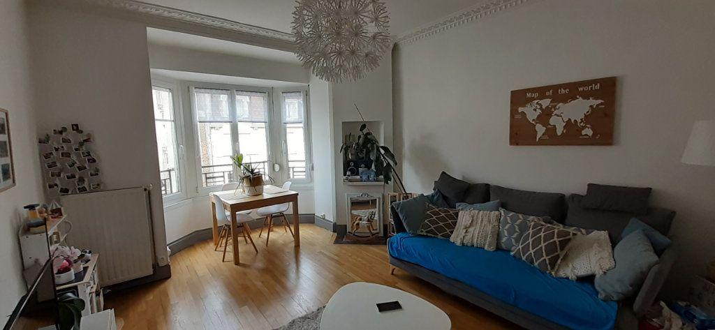 Appartement à louer 3 65.65m2 à Nancy vignette-11