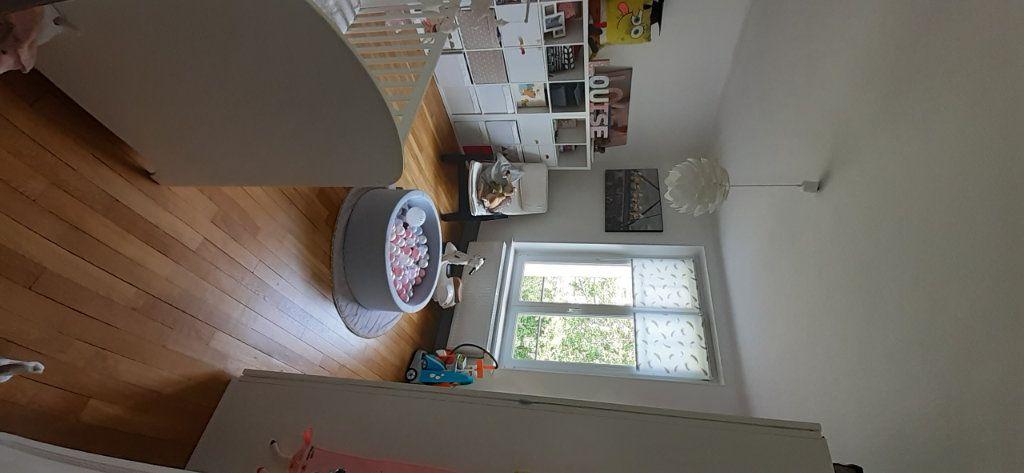 Appartement à louer 3 65.65m2 à Nancy vignette-17